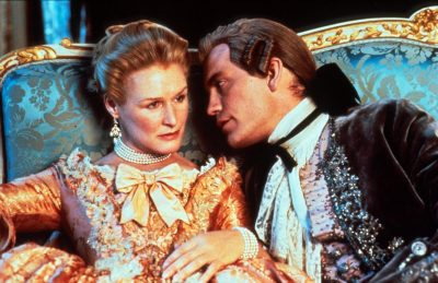 "Glenn Close ; John Malkovich Directed by Stephen Frears  versions of ""Les Liaisons Dangerous"", ""les liaisons dangereuses"",  author, auteur Choderlos de Laclos"