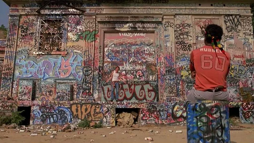 This image has an empty alt attribute; its file name is reservoir-dogs-graffiti-shot-1024x576.jpg