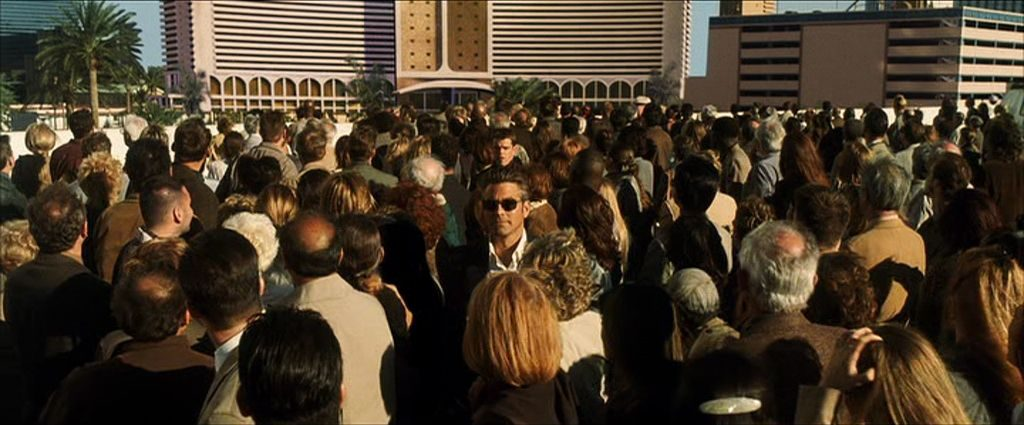 This image has an empty alt attribute; its file name is oceans-11-soderbergh-434455-1024x425.jpg