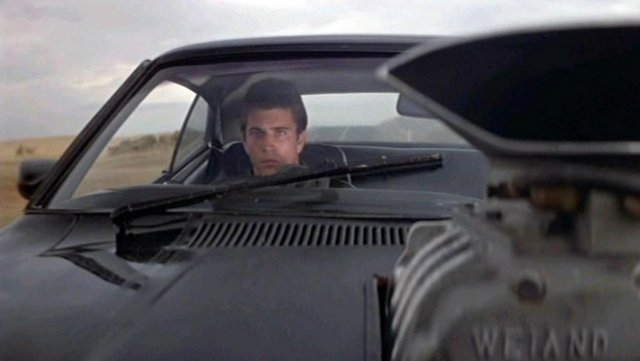 This image has an empty alt attribute; its file name is mad-max-lasdjfl-miller-1979.jpg