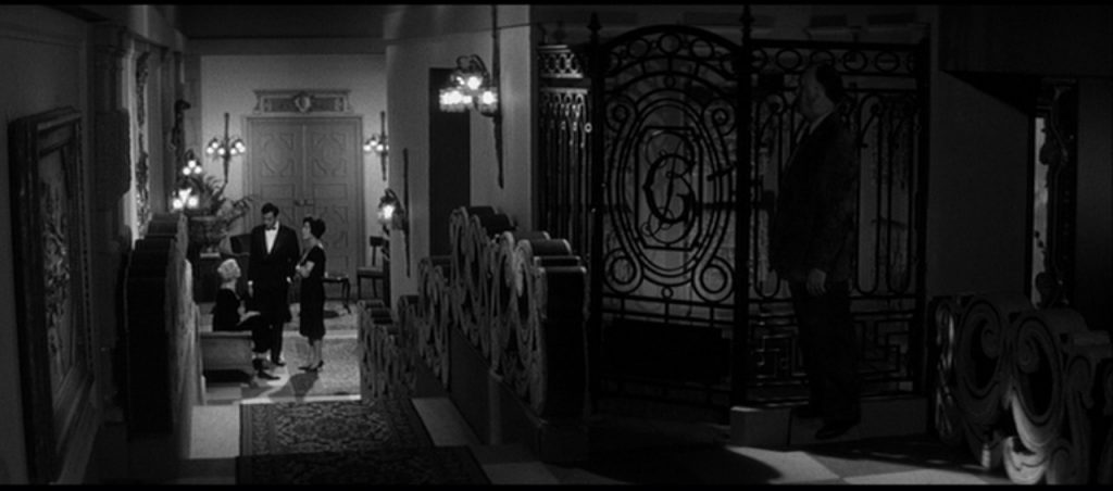 This image has an empty alt attribute; its file name is last-year-at-marienbad-aldjkfklja-hitch-1024x452.jpg